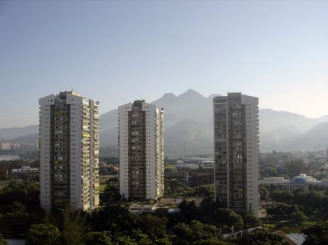Rio de Janeiro (Barra) am Morgen aus dem 19. Stockwerk: Harmonische Millionenmetropole
