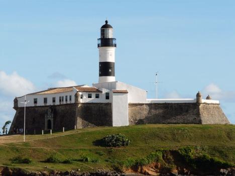 Er brachte uns die Erleuchtung, dass Faulenzen auch mal 'ne gute Sache sein könnte: Leuchtturm an der Barra